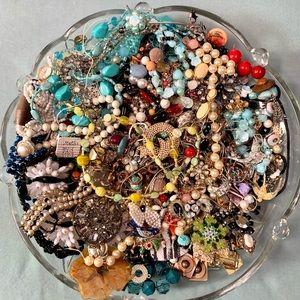 Craft Repair Repurpose Vintage Junk Jewelry Beads Lot 5 lbs